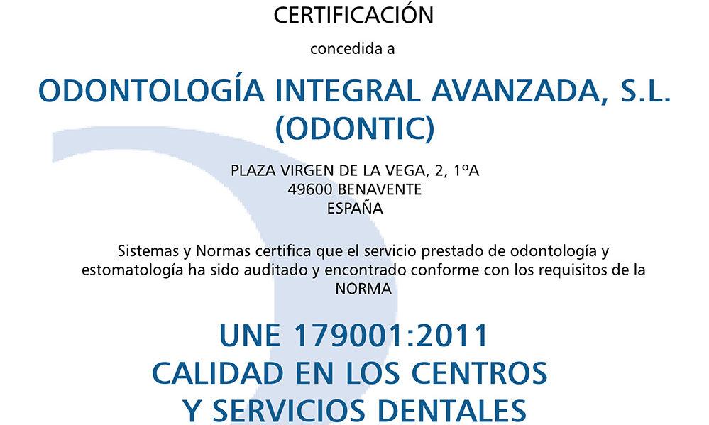 Certificado de la Norma Específica UNE 179001 Odontic by Dr.a María J. Pérez.